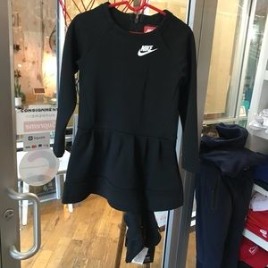Nike Tech Fleece Girls Dress Size 3T
